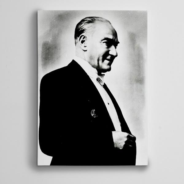 Atatürk Siyah Beyaz 13 Kanvas Tablo