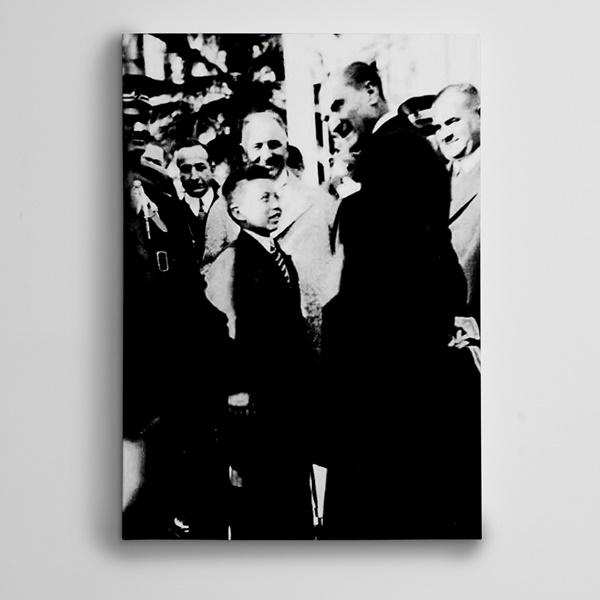 Atatürk ve Çocuk Kanvas Tablo