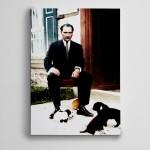 Atatürk ve Yavru Köpekler  Kanvas Tablo