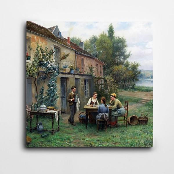 Ağaçlık Ev Ve Oturan İnsanlar Kare Kanvas Tablo