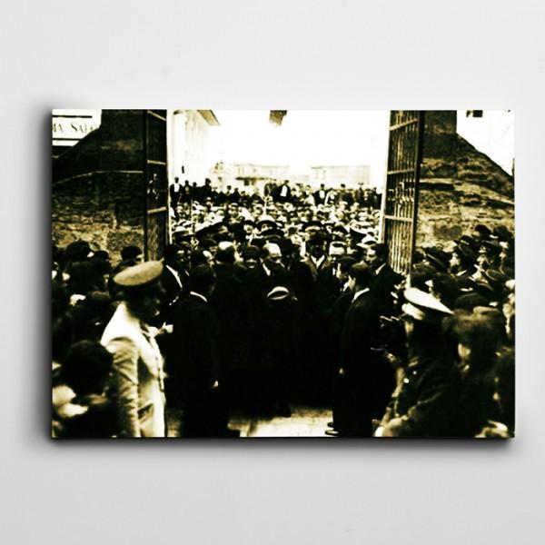 Atatürk Afyonkarahisar Lisesinde Kanvas Tablo