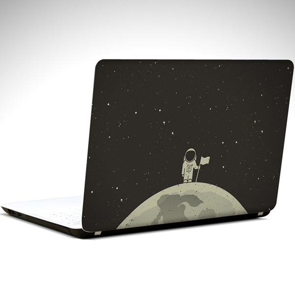 ay-ve-astronot-laptop-sticker