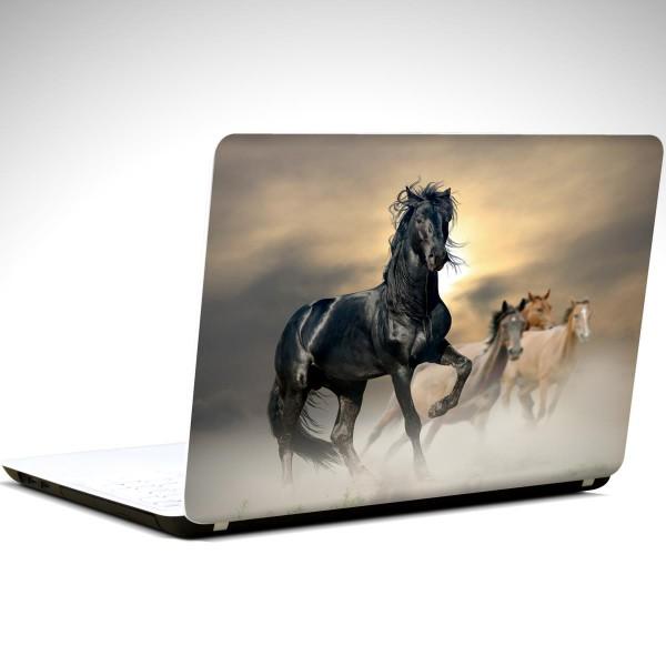 siyah-at-laptop-sticker