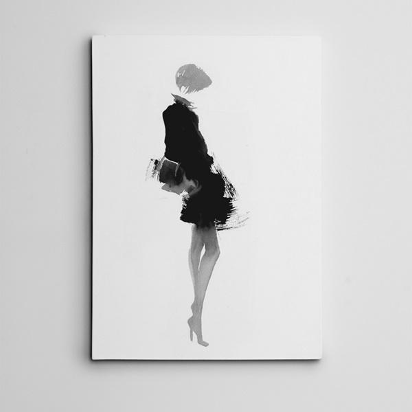 Siyah Elbiseli Kadın Mini Kanvas Tablo